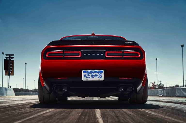 2018-dodge-challenger-srt-demon-rear-view
