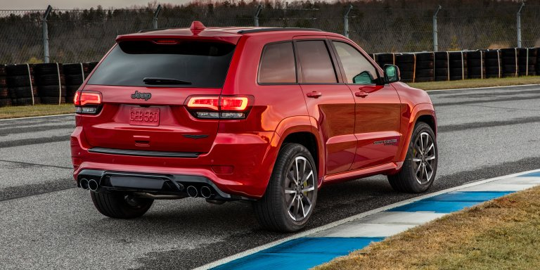 2018_jeep_grand-cherokee_trackhawk_official_18.jpg