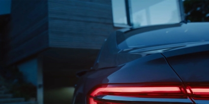 audi-a8-teaser-tail-lights