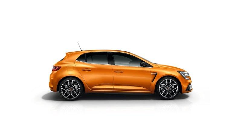 21195070_2017_New_Renault_MEGANE_R_S
