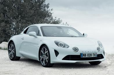 two-new-versions-for-the-alpine-a110-at-the-geneva-motor-show-07h00-uk-270218-1_0