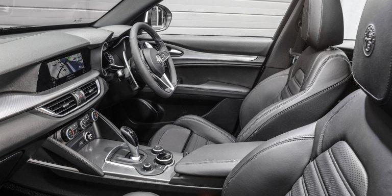 2018-Alfa-Romeo-Stelvio-99