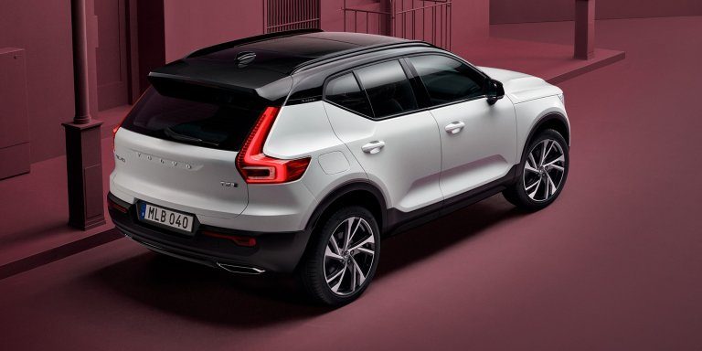 2018_volvo_xc40_official_22.jpg