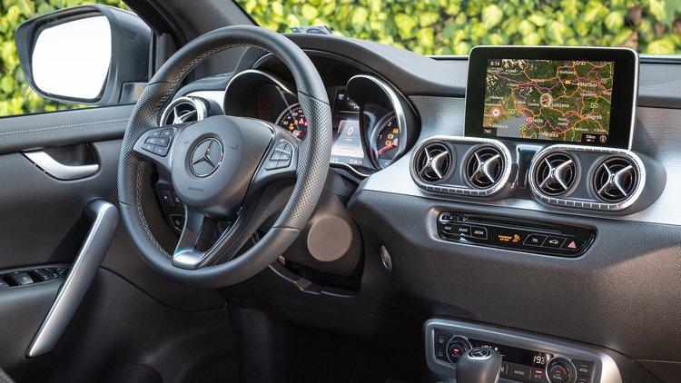 Mercedes-Benz_X-Class_X350d_2.jpg