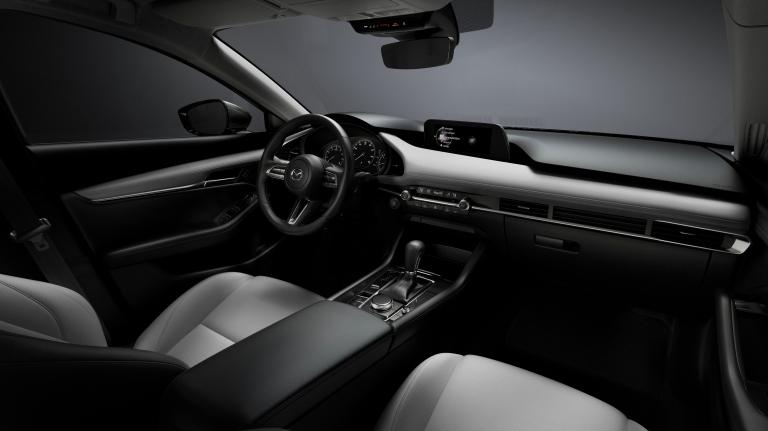 32_Mazda3_INT_COCKPIT_White