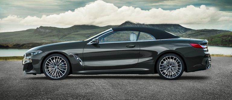 p90327647_highres_the-new-bmw-8-series.jpg