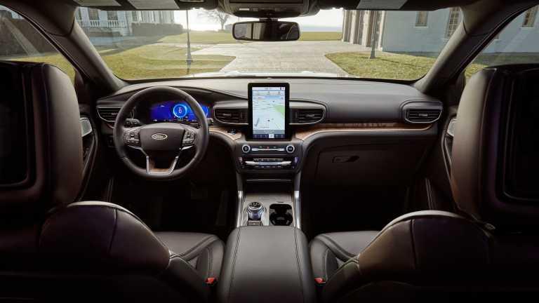 2020-ford-explorer-24-ford-explorer-interior_xj49ox