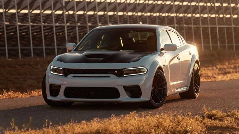 2020-dodge-charger-srt-hellca2020-dodge-charger-scat-pack-widebody