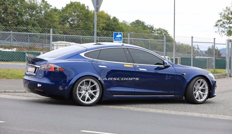 02d8b883-tesla-model-s-nurburgring-lap-record-attempt-9
