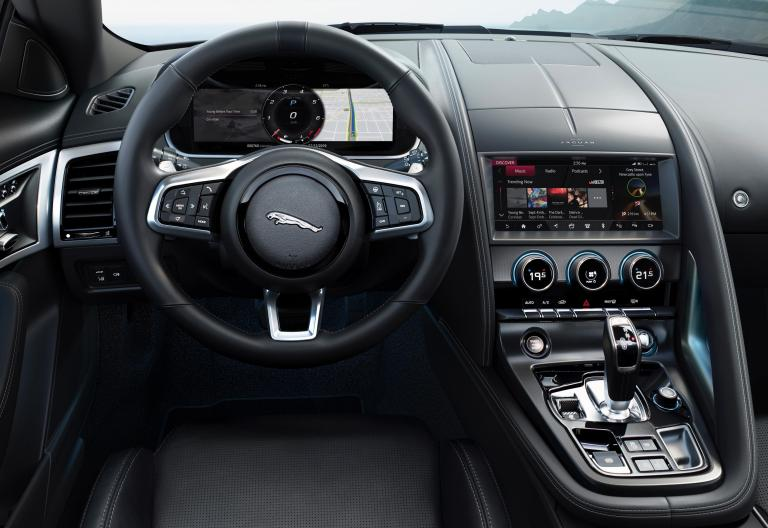 smallJag_F-TYPE_21MY_Reveal_Image_Detail_Interior_02.12.19_04