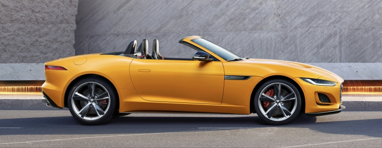 smalljag_f-type_21my_reveal_image_lifestyle_convertible_sorrentoyellow_02.12.19.jpg