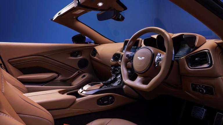aston-martin-vantage-roadster-9.jpg