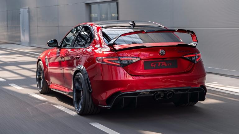 Alfa-Romeo-Giulia-GTA-GTAm-5-1
