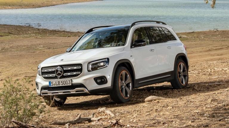 2020-Mercedes-Benz-GLB-4